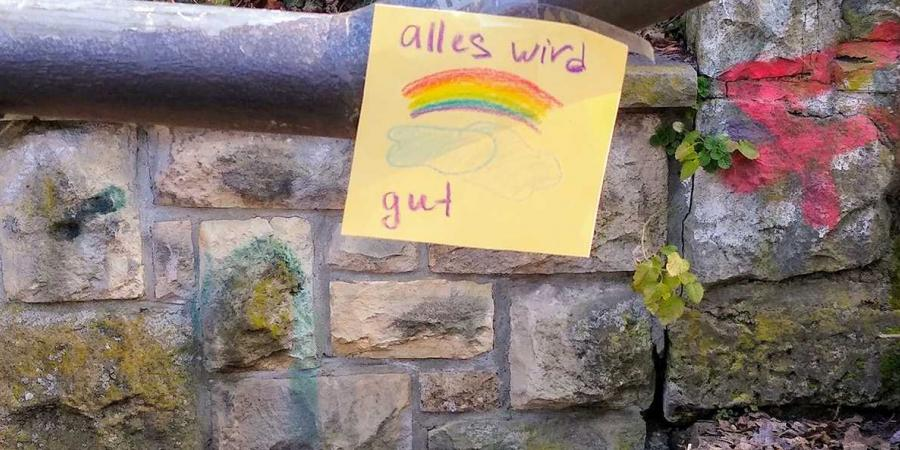 """""""Alles wird gut"""": Everything will be fine"""