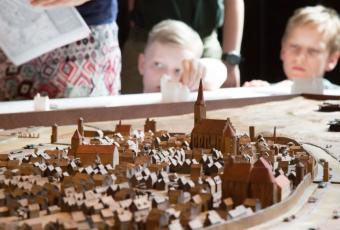 A model of the city depicts medieval Berlin and creates links to the present